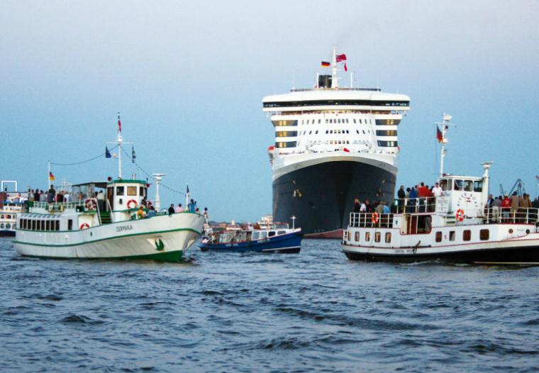 Hamburg hisst die Flagge für Hamburg Cruise Days