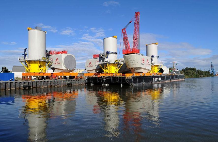 Windkraftanlagen für Windpark Borkum auf dem Weg nach Eemshaven